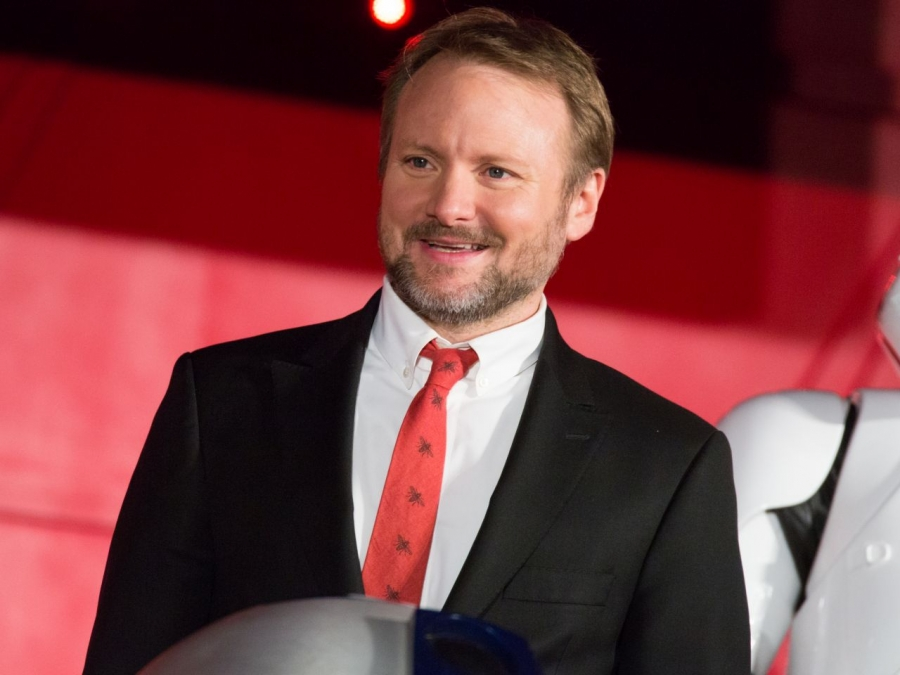Star_Wars__The_Last_Jedi_Japan_Premiere_Red_Carpet__Rian_Johnson__38942150791_.jpg